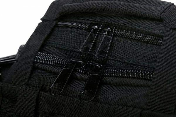 black camera zipper zoom